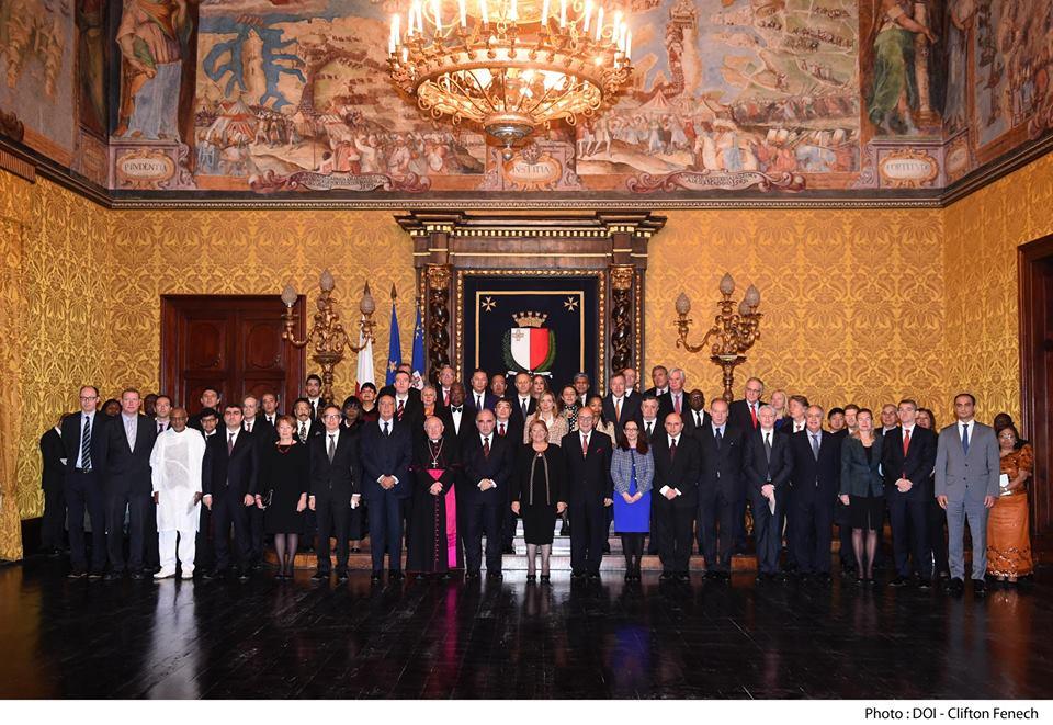 пријем код председника Малте у част чланова дипломатског кора